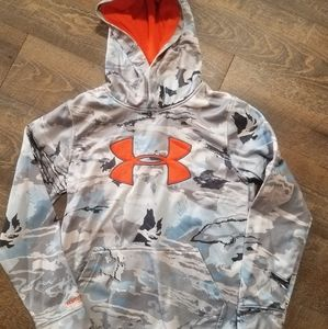 Youth large Under Armour